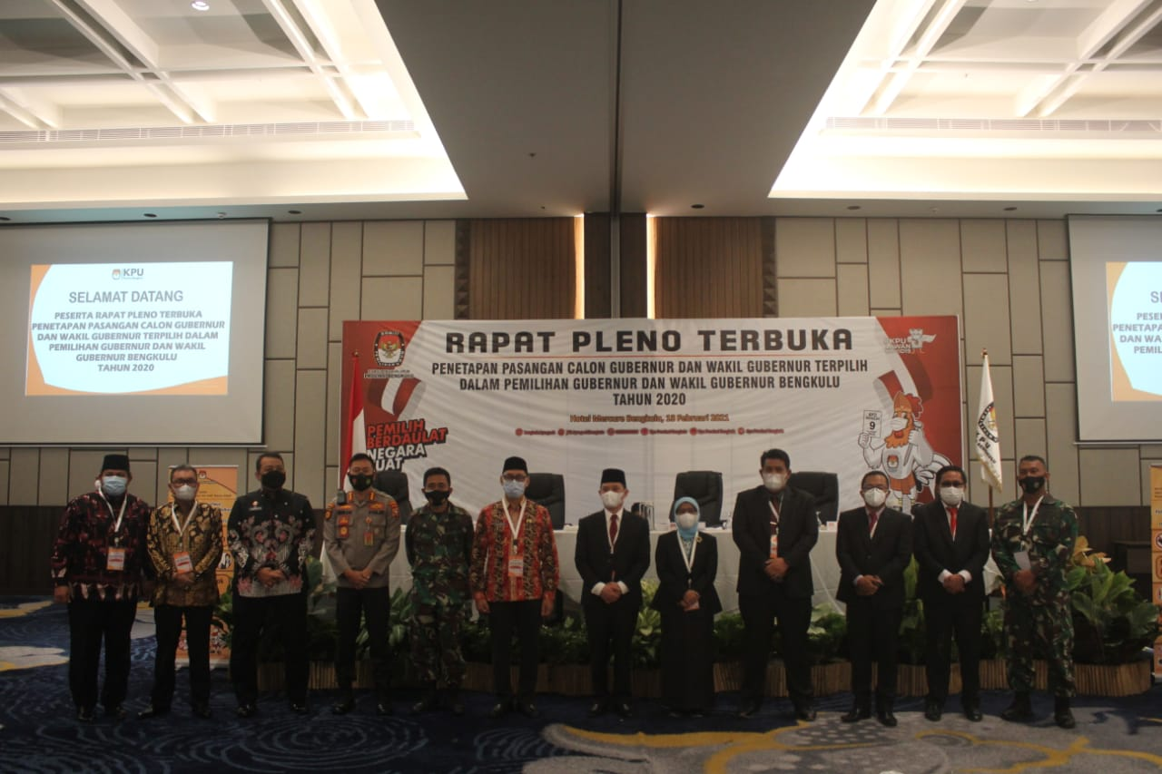 KPU Provinsi Bengkulu Tetapkan Rohidin - Rosjonsyah sebagai Gubernur dan Wakil Gubernur Bengkulu